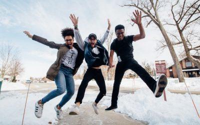 Lumbago : 5 fois plus de risques chez les jeunes